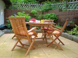 Teakholz Gartenmöbel, Tisch mit 4 Stühlen
