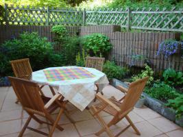 Foto 2 Teakholz Gartenmöbel, Tisch mit 4 Stühlen