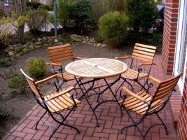 Teakholzmöbel Sitzgruppe 1 Tisch 4 Klappstühle