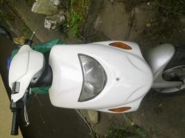 Teile-Motorroller