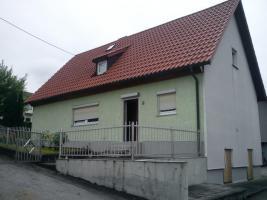 Teilrenoviertes Einfamilienhaus in ruhiger Lage