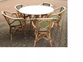 Terassenstühle + Tische