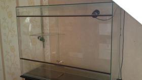 Foto 3 Terrarium aus Glas 120x90x50cm mit Unterschrank