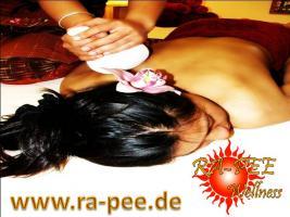 Foto 2 Thaimassage Angebot am Alex Berlin Mitte Ra-Pee Wellness