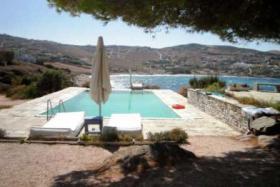 These spacious villa has a fantastic sea view to the Aegean Sea/Greece