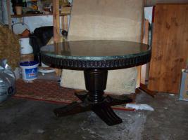 Tisch rund marmorplatte in hildesheim nussbaum marmor for Tisch rund marmor