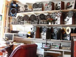 Tonbandmaschinen 80 Stück, Tonbänder hunderte