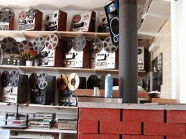 Foto 2 Tonbandmaschinen 80 Stück, Tonbänder hunderte