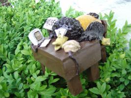 Foto 6 Tonfigur Keramikfigur Rabe am Schreibtisch Gartendeko Geschenk