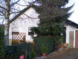 Top Einfamilienhaus mit ELW von privat zu verkaufen