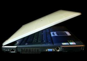 Foto 2 Toshiba Tecra S3 15``1,5GB RAM 60GB Speicherplatz CD-RW/DVD Windows XP + Tasche + KFZ-Ladegerät