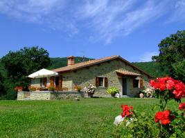 Villa Rosa mit Pool in der Toskana