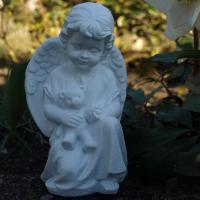 Foto 3 Trauer und Dekoration, Schutzengel mit Teddybär, Kindergrab Figur