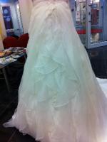 Foto 4 Traumhaft schönes Brautkleid Farbe ivory Gr. 40