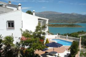 Foto 5 Traumhafte Villa mit Pool in Andalusien See u Bergblick