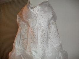 Foto 7 Traumhaftes Brautkleid