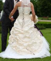Foto 2 Traumhaftes Brautkleid Gr. 36/38 mit Zubehör