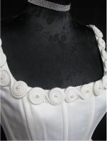 Foto 3 Traumhaftes Brautkleid, creme, romant. m .Schleppe, Gr.38, NAGELNEU!