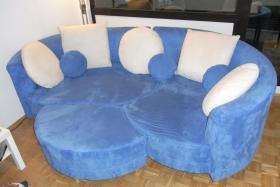 Traumhaftes Sofa in blitzeblau
