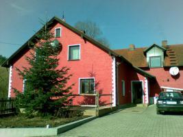 Traumhaftes Zweifamilienhaus in Regenstauf, naturgelegen