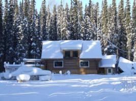 traumhaus im yukon kanada in watson lake yukon kanada blockhaus balkon terrasse. Black Bedroom Furniture Sets. Home Design Ideas