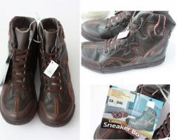 Foto 2 Trendige Damen Sneakerboots Restposten nur 3,45€