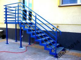 treppe stahl verzinkt pulverbeschichtet aus polen in witnica. Black Bedroom Furniture Sets. Home Design Ideas