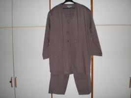 Foto 22 Trödelkiste, Kleiderkiste, Anziehsachen für Damen Gr. 40-42, 33 Teile