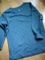 Türkises T-Shirt mit Paillettenbesatz