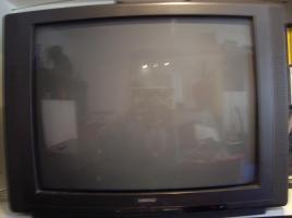 Tv / Fernsehen / Röhrenfernseher zu verkaufen - Frankfurt am Main