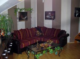 Foto 2 *URGEMÜTLICH* teilmöbl. Maiss. 1,5 Raum DG- Wohnung , Laminat, EBK, Balkon, Borsdorf