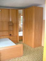 Foto 4 Überbau Schlafzimmer mit Lattenrost und Matratze
