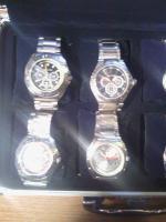 Foto 5 Uhrenkoffer aus Aluminium für 8 Uhren vollgefüllt mit hochwertigen Jay Baxter Herrenuhren