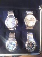 Foto 6 Uhrenkoffer aus Aluminium für 8 Uhren vollgefüllt mit hochwertigen Jay Baxter Herrenuhren