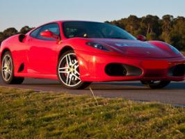 Ultimative Männergeschenk:7 Tage Ferrari F430 mieten