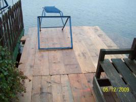 Foto 8 Umbauter Wohnwagen mit eigenem Steg