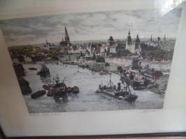 Foto 2 Unbekannte(r) Maler(in), Schrift unlesbar;man sieht eine Stadt;Bild