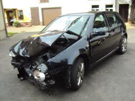 Foto 22 Unfallwagen Golf 4  (1J)  2.0 für Bastler - Ersatzteilspender