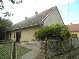 Ungarn: Bauernhaus im Thermalbadeort, 9km zum Balaton / Plattensee