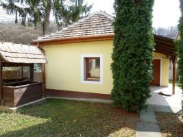 Foto 2 Ungarn: Gepflegtes Haus im B�derdreieck