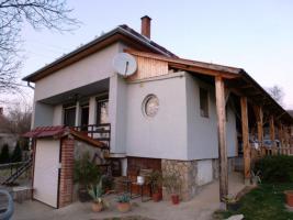 Ungarn: Haus am Nordufer des Balaton, ca. 5km zum Badestrand