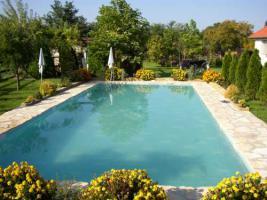 Foto 4 Ungarn Plattensee-Nähe: Gepflegtes Anwesen mit 2 Häusern mit Pool - 12.000 qm Grund