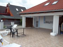 Foto 2 Ungarn Wohnhaus mit Donaupanorama