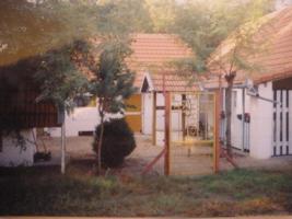 Foto 2 Ungarn  Cegléd  Tanya  T 319