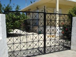 Unser Angebot in der Ortschaft Alepohori nahe Korinth/Griechenland