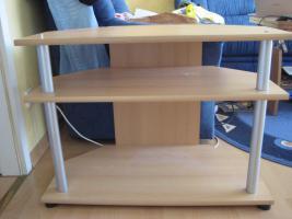 Untertisch aus Holz für einen Fernseher