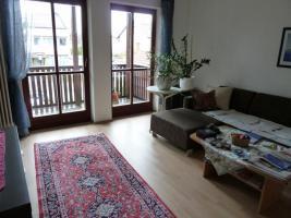 Untervermietung 3-Zimmer-Wohnung für die Bauma vom 18-25.04.10 in Aschheim, zentraler-Lage