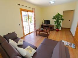 Wohnzimmer mit SAT/TV