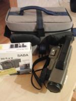 VHS Videokamera von ITT Nokia, Halogenlampe von Saba, große Tasche von Vivanco