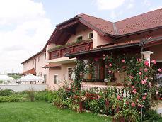 Foto 2 VK Gastronomieobjekt - Restaurant, Pizzeria, Festsaal - mit angebautem Haus